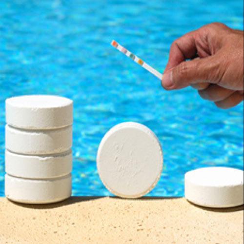 كيماويات حمامات سباحة